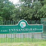 ynysangharadpark_200